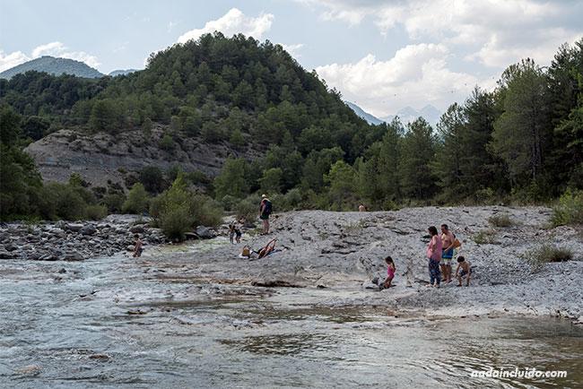 Pozas de Puyarruego en el Sobrarbe (Aragón)