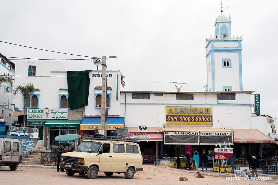Plaza principal de Taghazout (Marruecos)