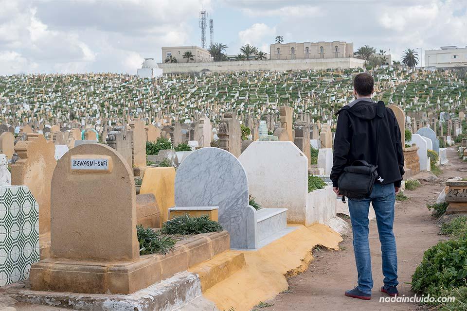 Paseando por el cementerio de Rabat (Marruecos)