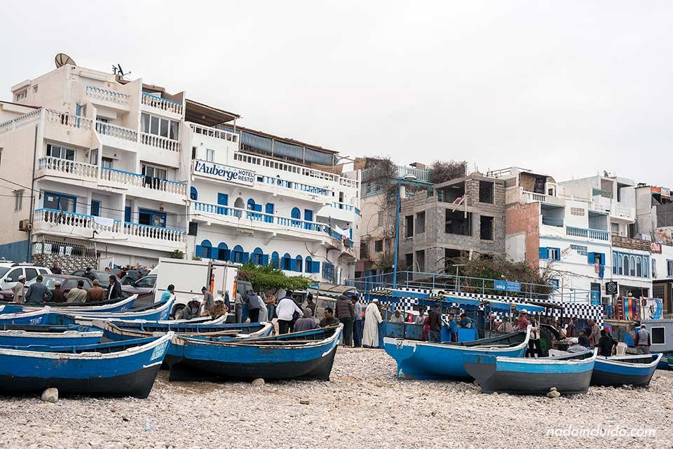 Lonja en la playa de Taghazout (Marruecos)