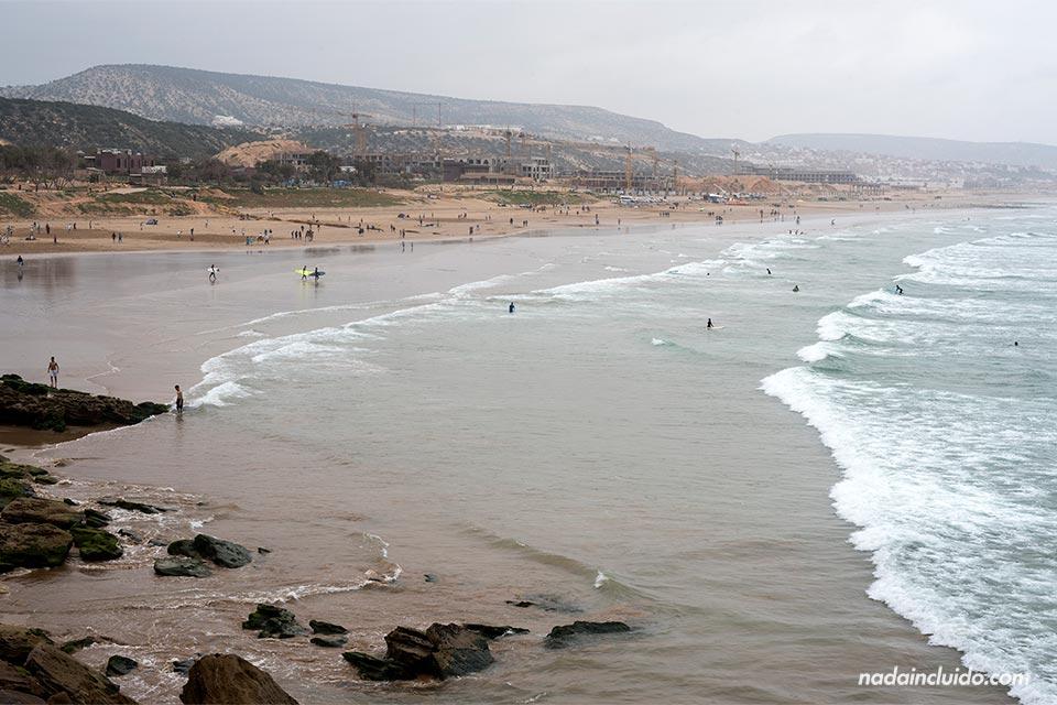 Playa de Taghazout desde lo alto (Marruecos)