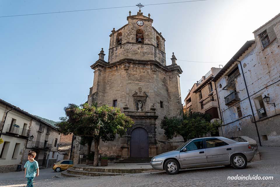 Iglesia del Salvador en Fuentespalda (Matarraña, Aragón)