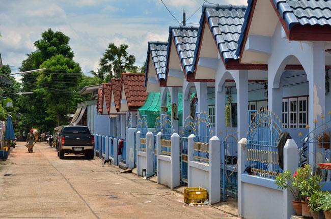 Vecindario en Aranyaprathet (Tailandia)