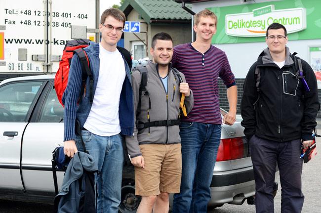 Autoestopistas recogidos por un lituano en la frontera Polonia - Lituania
