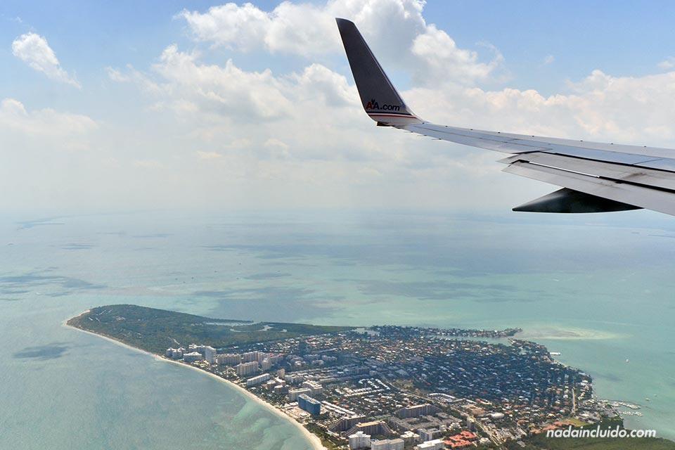 En el avión Lima (Perú) - Miami (Estados Unidos)