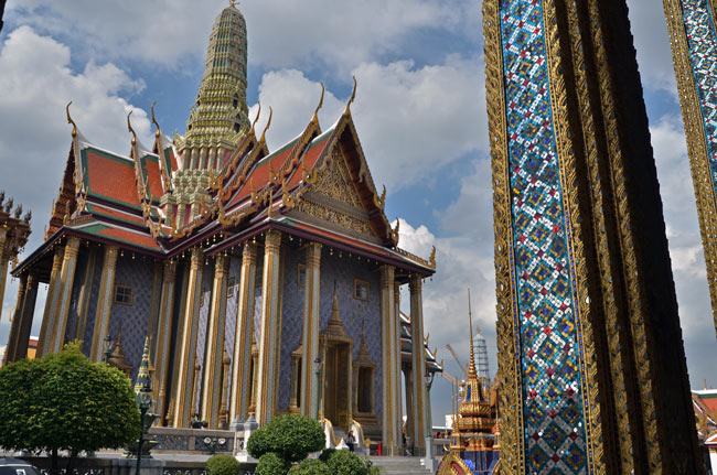 Templo del Buda de Esmeralda en el Gran Palacio de Bangkok (Tailandia)