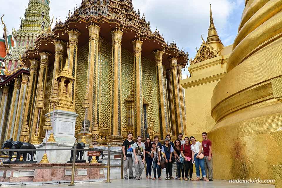 En el Phra Mondop en el Gran Palacio de Bangkok (Tailandia)
