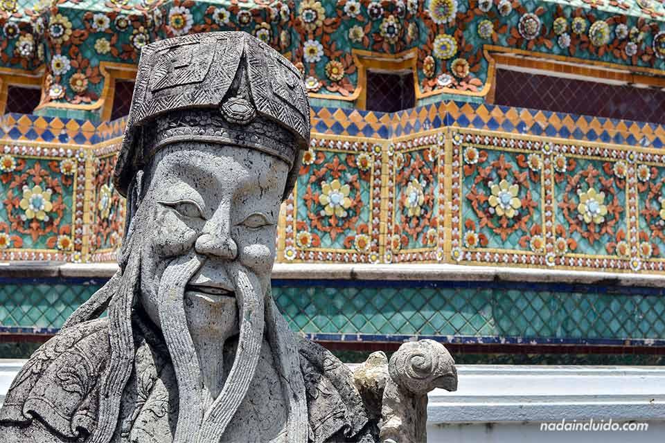 Estatua en el templo Wat Pho de Bangkok (Tailandia)