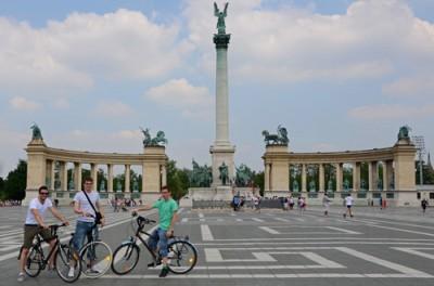 Plaza de los héroes en Budapest (Hungría)