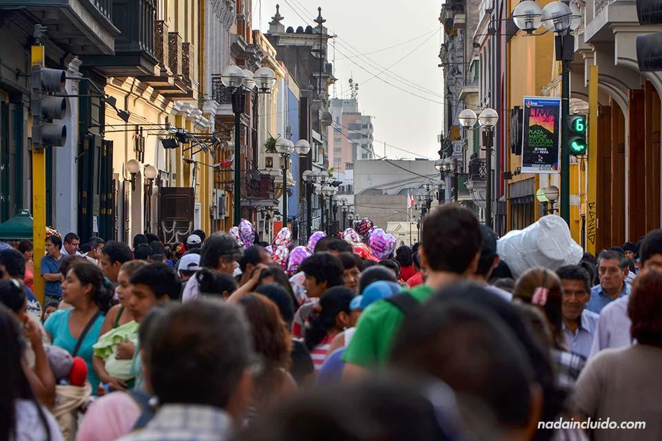 Lima,-calle-principal-(I)