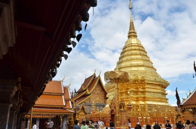 Wat Phrathat Doi Suthep, tejado (Chiang Mai, Tailandia)