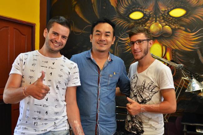 Con el Master of Tatto en Chiang Mai (Tailandia)
