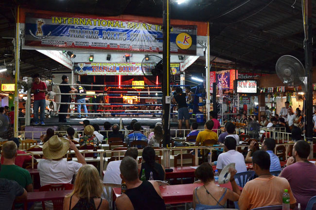 Thaphae Boxing Stadium, Thai Boxing