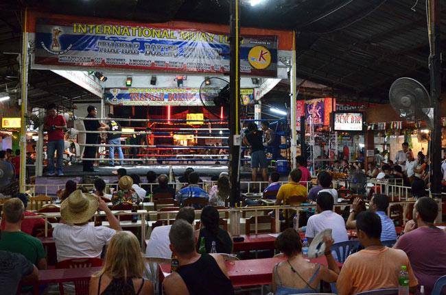 Thaphae Boxing Stadium, Thai Boxing