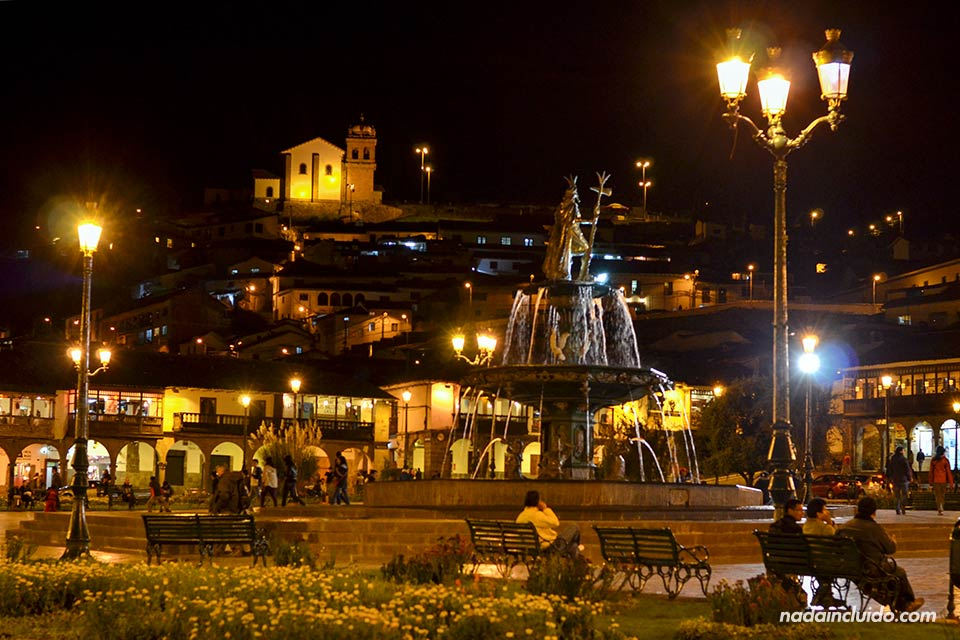 Cuzco,-Plaza-de-Armas,-noches-(III)