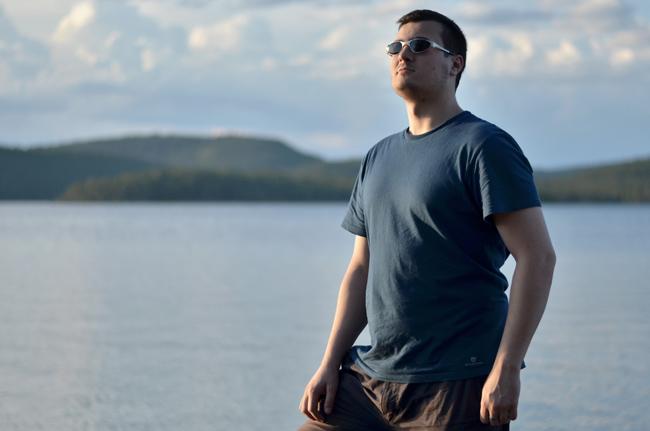 Víctor en el Lago Ivalo, al norte de Finlandia