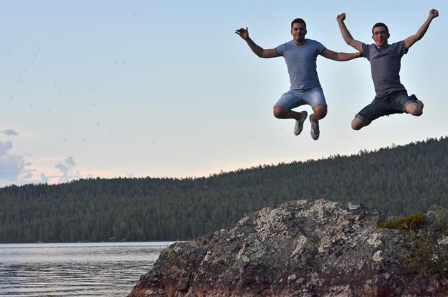 En el lago Inari, en Ivalo, al norte de Finlnadia