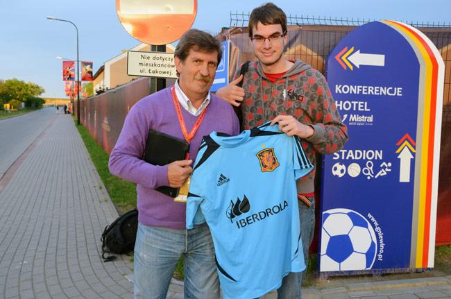 Junto el periodista deportivo Iñaki Cano en Gniewino (Polonia)