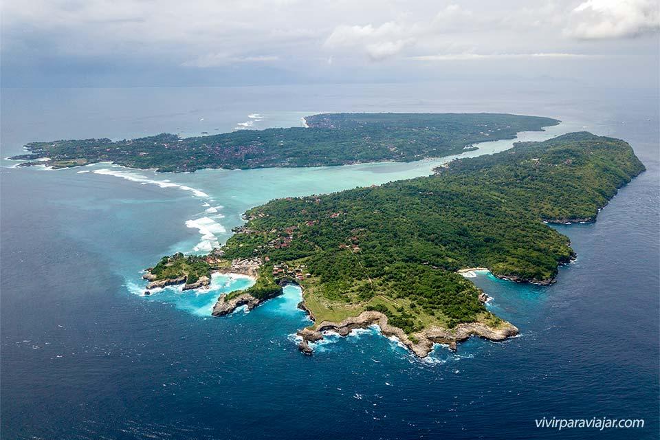 Vista desde el dron de las islas Nusa (Indonesia)
