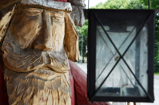 Estatua de Santa Claus en Ketrzyn (Polonia)
