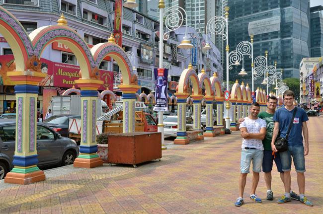 En la calle principal de Little India (Kuala Lumpur, Malasia)