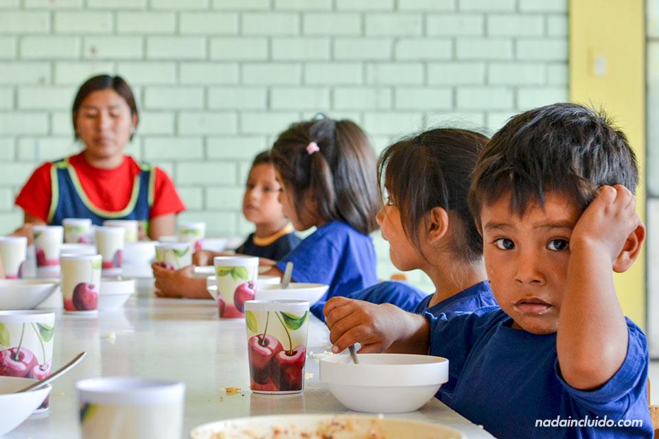 Lima,-Huachipa,-Cesal,-comedor-niños-(II)