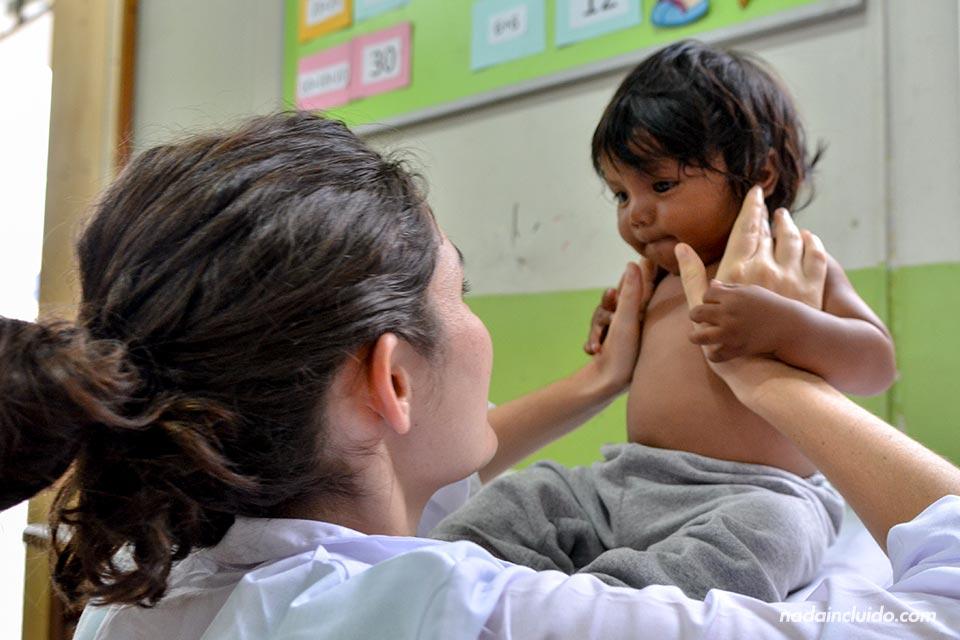 Lima,-Huachipa,-Cesal,-consulta-II,-niño-(LP)-(I)