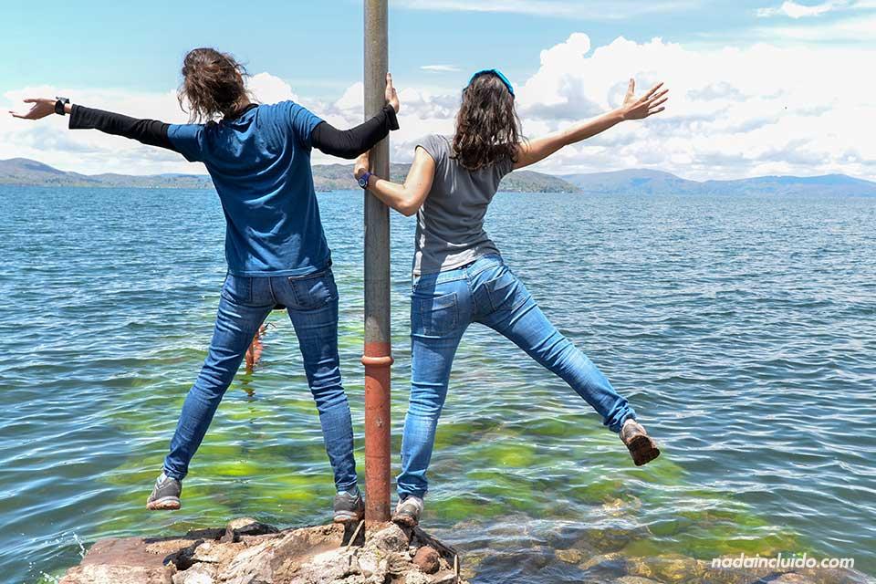 Llachón,-lago-Titicaca,-muelle-(L,M)