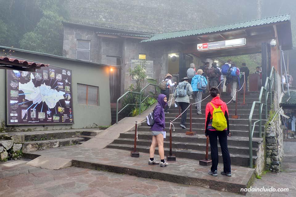 Entrada al Machu Picchu, ciudad perdida de los Incas