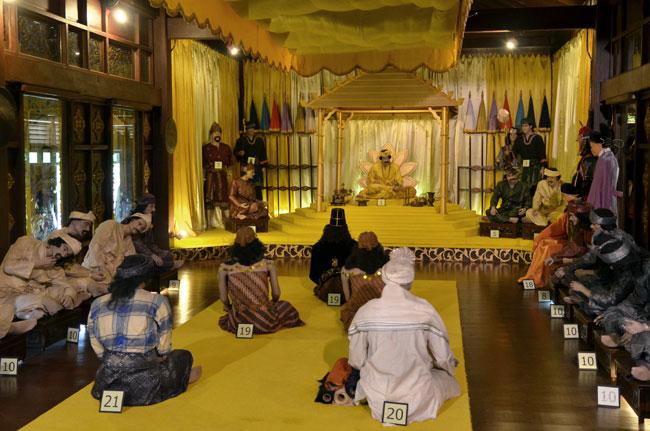 Sala presidencial en el interior del museo del Istana Kesultanan (Malaca, Malasia)