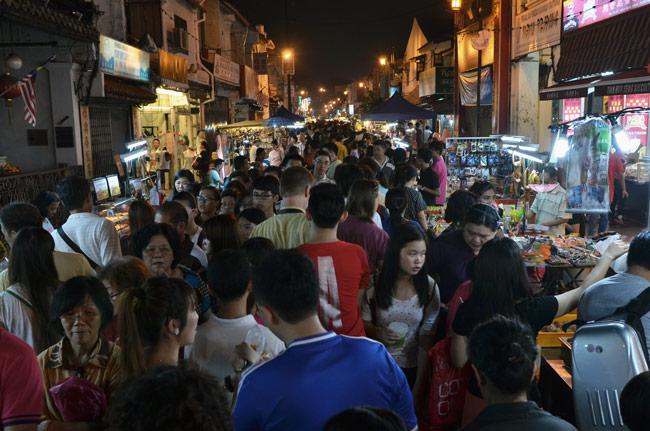 Mercado nocturno en Jonker Street, un sábado de septiembre (Malaca, Malasia)