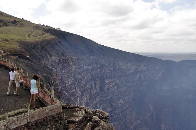 Cráter del volcán Masaya (Nicaragua)