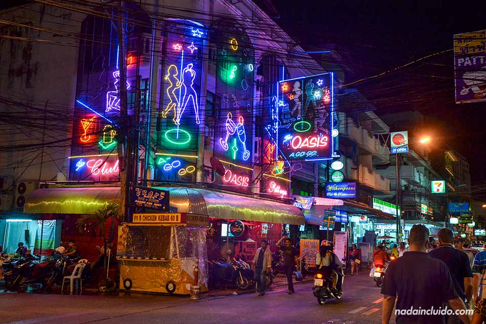 Pub Oasis en Pattaya (Tailandia)