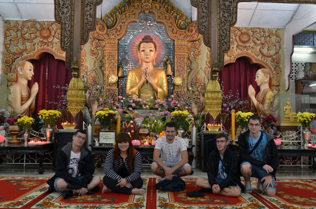 En el Dharmikarama Burmese Temple (Penang, Malasia)
