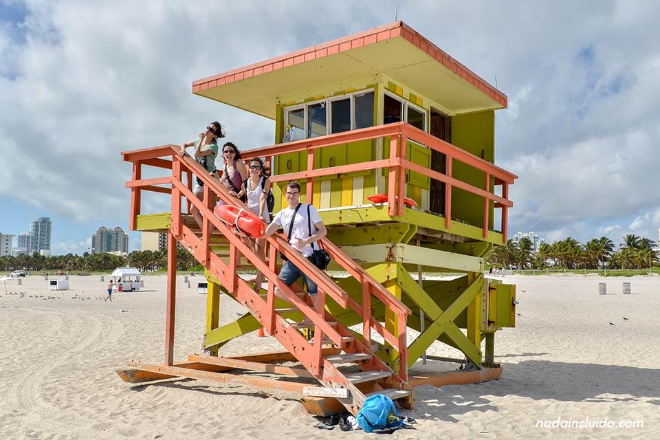 Playa,-caseta-vigilante, Miami