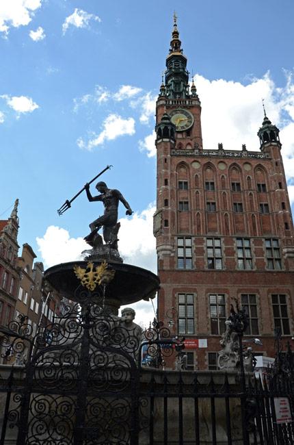 Fuente en la calle Dlugi, Gdansk (Polonia)