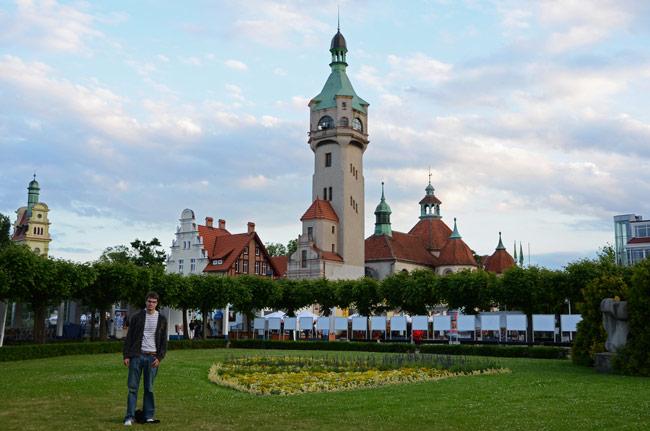 Plaza Zdrojowy, iglesia, Sopot (Polonia)
