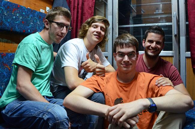 Viajando en un tren de República Checa a Polonia, con nuestro nuevo amigo Paul