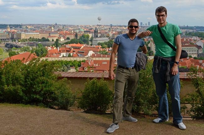 Vista de Praga desde su castillo, en lo alto