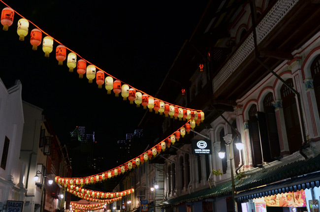 Farollilos en China Town (Singapur)