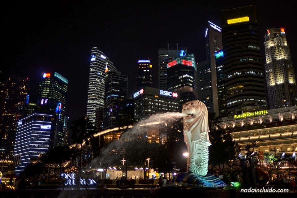 Estatua del Merlion en Marina Bay (Singapur)