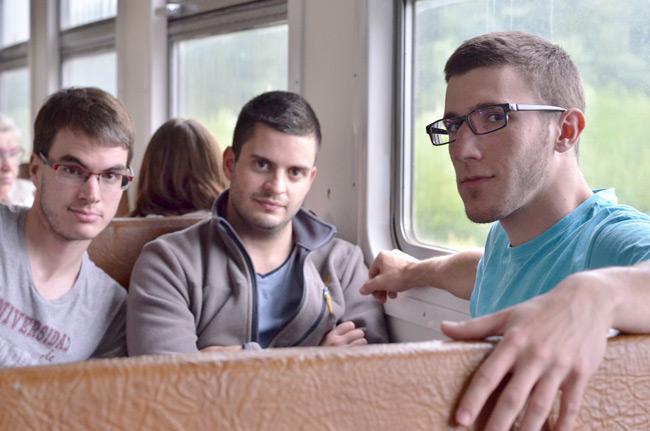 Viajando en el tren que conecta Letonia con Estonia