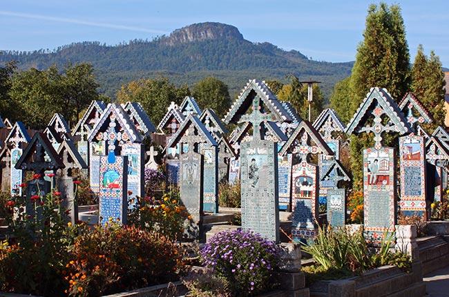 El cementerio alegre de Sapanta (Maramures, Rumanía) - Fotografía de Wikipedia