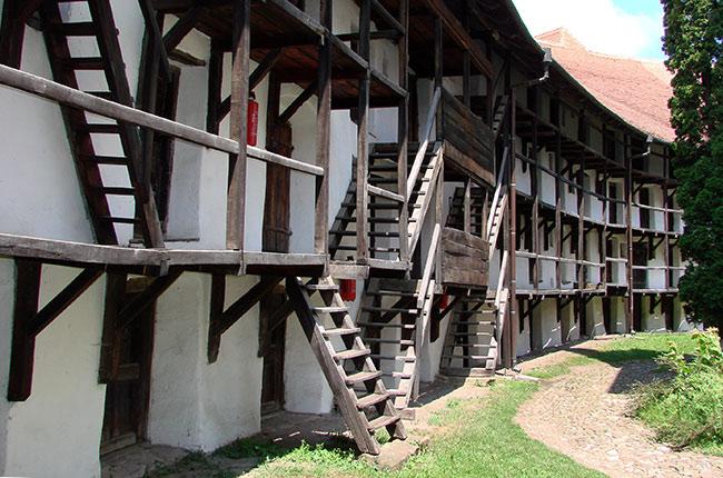 Interior de la Iglesia fortificada de Prejmer (Rumanía)