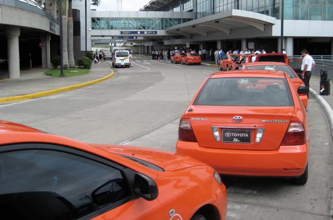 ¿Son seguros los taxis de Costa Rica?